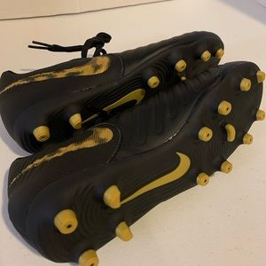 Nike Shoes - Nike TIEMPO boys Cleats Size 5.5 Y